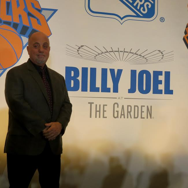 Billy Joel Making Concert History At Madison Square Garden Pinky To Posh